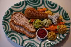 Banquet with turkey and vegetables, pdf pattern Garden Box Plans, Planter Box Plans, Garden Boxes, Planter Boxes, Outdoor Table Plans, Picnic Table Plans, Turkey Thighs, Turkey Breast, Crochet Cake
