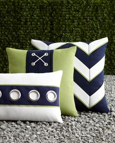 blue + white + green = great pillows and great colors!