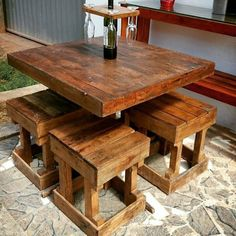 Woodworking Projects For Kids pallets wooden furniture project Wooden Pallet Table, Wooden Pallet Projects, Wooden Pallet Furniture, Easy Wood Projects, Pallet Crafts, Wooden Pallets, Pallet Tables, Pallet Ideas, Rustic Furniture