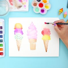 Learn how to paint watercolor ice cream cones with this detailed step by step tutorial. This is a great watercolor project for beginners. Check it out!