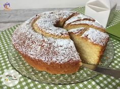 ciambellone al latte00 Bakery Recipes, Cooking Recipes, Cake Calories, Best Bakery, Sweet Cooking, Italian Cake, Nutella Cookies, Torte Cake, English Food