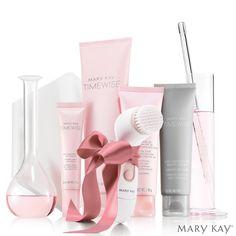 No photo description available. Loción Facial, Imagenes Mary Kay, Selling Mary Kay, Mary Kay Cosmetics, Beauty Consultant, Beauty Make Up, Body Care, Beauty Hacks, Fragrance