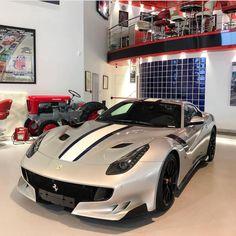 "292 curtidas, 3 comentários - Connor Garceau (@top_spec) no Instagram: ""Now that's clean👌🏻😍 @jmesupercars | #ferrari #f12 #tdf | #exotic #luxury #itswhitenoise…"" Millionaire Lifestyle, Ferrari F12 Tdf, Luxury Boat, First Car, Car Manufacturers, Car Ins, Exotic Cars, Cool Cars, Instagram"