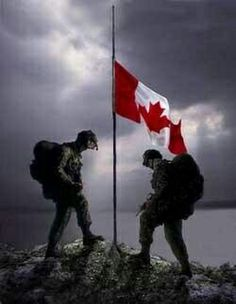 Remembrance Day Canada Remembering the sacrifice of those who didn't come home, the service of those who did and honouring those who still serve. We stand on guard for thee. Canadian Soldiers, Canadian Army, Canadian History, Canadian Winter, Remembrance Day Pictures, Remembrance Day Art, Heart Of The Storm, All About Canada, Chile