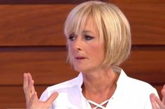 jane moore new hairstyle jane moore loose women Bob Styles, Short Hair Styles, Jane Moore, Brunette Color, Blonde Bobs, Strawberry Blonde, Easy Hairstyles, Hairdos, New Hair
