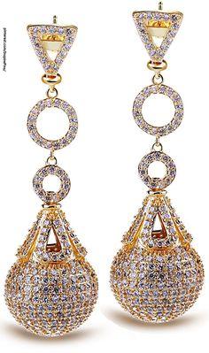 Diamond and gold drop earrings I Love Jewelry, Bling Jewelry, Vintage Jewelry, Jewelry Accessories, Jewelry Design, Diamond Drop Earrings, Gold Earrings, Fashion Jewelry, Jewels