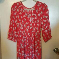 Free people skater dress Gorgeous dress still has the button bag attached but i took tags off Free People Dresses Mini
