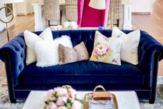 Shaby chic Best velvet couches for your living room and bedroom. Here are 10 photos of candy-colored couches we can't get enough of! For more home furniture ideas and interior design trends go to Domino. Home Living Room, Living Room Designs, Living Room Decor, Blue Rooms, Blue And Pink Living Room, Dream Decor, Home Furniture, Furniture Ideas, Sofa Ideas