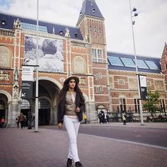 Rijksmuseum!  It's only once you walk out of a museum or places filled with so much art and culture , do you start absorbing what you saw , later you think about it , look it up online , in books , conversations and remember! - because you can't take it in all at once. . . #amsterdam #Rijksmuseum #netherlands #art #culture #freedom #takemeback #globetrotter #wanderlust #travel #travelgram #throwback #museum #KDtravelstheworld