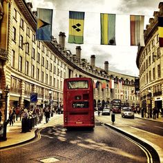#london #londonist #londonpop #street #timeoutlondon #urban #bus #flags #architecture #snapseed #instagramhub #instagramers #iphoneonly #iphonesia #igdaily #igerslondon #igersuk #photooftheday #bestoftheday #picoftheday #perspective