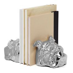 Who doesn't love bulldogs?! Very cute aluminum bookends