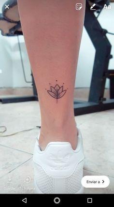 foot tattoos for women quotes Mini Tattoos, Trendy Tattoos, Cute Tattoos, Small Tattoos, Tatoos, Feather Tattoos, Forearm Tattoos, Finger Tattoos, Body Art Tattoos
