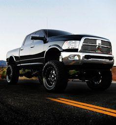 "lifted dodge truck | ... Trucks - 2010 - 2012 10"" Dodge 3500/2500 4WD DIESEL LONG ARM LIFT KIT"