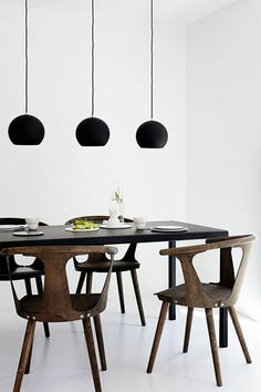 Set up a fascinating dining room - 66 ideas! dunkelbraun, Set up a fascinating dining room - 66 ideas Dining Room Sets, Dining Room Furniture, Dining Room Table, Dining Area, Dining Chairs, Lustre Design, Beautiful Dining Rooms, Wooden Stools, Room Setup