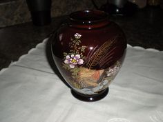 Satsuma Vintage 24K Gold Gilt Reddish-Brown Vase w/Pheasant/Garden Motif, Japan