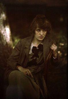 Photography: Alfred Stieglitz, Portrait of Flora Stieglitz Straus 1915 Alfred Stieglitz, History Of Photography, Color Photography, Portrait Photography, Photos Du, Old Photos, Belle Epoque, Vintage Photographs, Vintage Photos