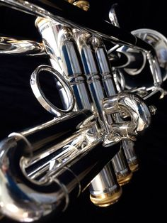 Check out the fantastic Stomvi VRII Bb Trumpet http://stomvi-usa.com/