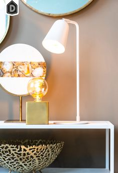 Kiara is een metalen tafellamp met een matte afwerking. De kap van de lamp is wit en tevens verstelbaar. Doordat de lampenkap van de lamp richtbaar is, is deze tafellamp perfect te gebruiken als bureau- of leeslamp. De lamp heeft een slank design en past perfect in een scandinavisch of modern interieur.   #dutchhomelabel #lightandliving #lightliving #luxe #nazomeren #tafellamp #bureaulamp #wit #scandinavisch #modern #interieurinspiratie #interieurstyling #binnenkijken Lighting, Home Decor, Light Fixtures, Lights, Interior Design, Home Interior Design, Lightning, Home Decoration, Decoration Home