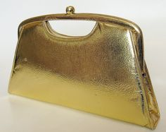 $19.95 | Vintage crinkled gold Garay clutch purse. Circa 1966. Made in USA.