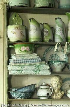 love all these vintage pieces in green