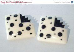 CIJ Sale Vintage 80s Earrings Geometric Polka Dot Post Earrings via Etsy