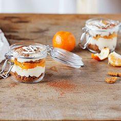 ALDI België - Recept - Tiramisu van witte chocolade met speculoos en clementines C'est Bon, Pudding, Desserts, Chocolate Tiramisu, White Chocolate, Family Meals, Sweet Recipes, Tailgate Desserts, Deserts