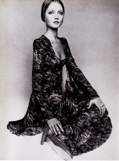 sweetjanespopboutique: Ingrid Boulting modelling a green and amber devore velvet Biba couture dress, Vogue (December 1969). Photo: Barry Lategan.
