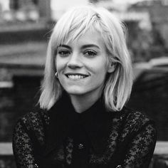 New woman-crush, Lily Allen! Love how candid & cute she is! Talented too!