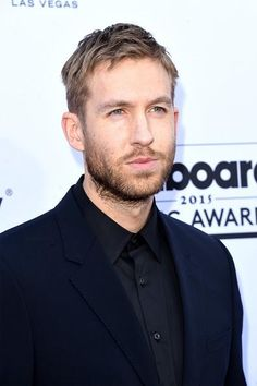 Taylor Swift 'Touched' By Calvin Harris' Defense From Zayn Malik's Alleged Twitter Attack? - http://imkpop.com/taylor-swift-touched-by-calvin-harris-defense-from-zayn-maliks-alleged-twitter-attack/