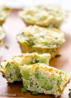healthy-breakfast-quinoa-broccoli-egg-muffins