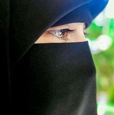 النقاب حياة Hijab Niqab, Muslim Hijab, Mode Hijab, Hijab Outfit, Arab Girls Hijab, Muslim Girls, Beautiful Muslim Women, Beautiful Hijab, Beautiful Eyes