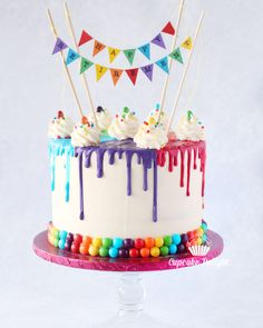 Rainbow retirement drip cake with rainbow bunting and rainbow border Rainbow retirement drip cake with rainbow bunting and rainbow border Cupcakes, Cupcake Cakes, 17 Birthday Cake, Rainbow Birthday Cakes, Colorful Birthday Cake, Art Party Cakes, Retirement Cakes, Bowl Cake, Rainbow Bunting