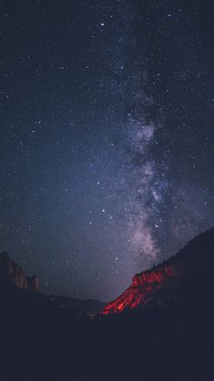 [help] Someone has this wallpaper in a wide size? Night Sky Stars, Sky Full Of Stars, Night Skies, Milky Way Photography, Nature Photography, Landscape Wallpaper, Nature Wallpaper, Locked Wallpaper, Iphone Wallpaper