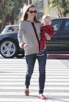 Jennifer Garner Kicks Off Her Weekend With Sleepy Samuel