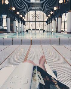 Handy aus und entspannen! Unsere Paris-Bloggerin @missindustrious.ch hat in der Internet Free SPA Zone im #VictoriaJungfrauHotel endlich Zeit zum Lesen gefunden. #regram #annabellemag_annagrams #annabellemagazine #read #magazine #spa #wellness #chill #interlaken #hotel #tanjaursoleo  via ANNABELLE MAGAZINE OFFICIAL INSTAGRAM -Celebrity  Fashion  Haute Couture  Advertising  Culture  Beauty  Editorial Photography  Magazine Covers  Supermodels  Runway Models