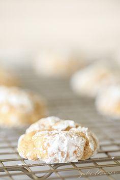 Pumpkin Gooey Butter Cookies | easy pumpkin and cream cheese cookies for fall baking