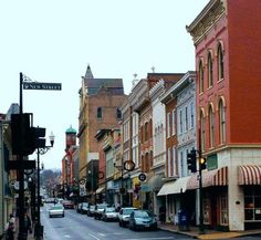 10 Beautiful Towns In Shenandoah Valley, Virginia - Virginia - Consejos para Viajes Luray Virginia, Staunton Virginia, West Virginia, Shenandoah Virginia, West Va, Richmond Virginia, Oh The Places You'll Go, Places To Travel, Places To Visit