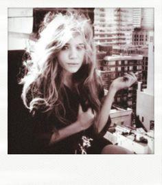 mary kate olsen. love her. love her hair.