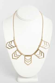 Chevron Point #Gold #Necklace <3<3 Get 7% Cash Back http://www.studentrate.com/itp/get-itp-student-deals/lulu-s-Student-Discount--/0