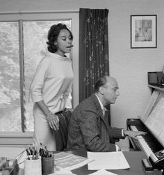 Diahann Caroll working with songwriter Johnny Green in Los Angeles, 1960 Vintage Hollywood, Classic Hollywood, Diahann Carroll, Sound Of Music, Celebs, Faces, Fictional Characters, Musicians, Stars
