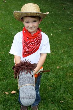 Best Homemade Toys for Toddlers 20 Best Homemade Toys for Toddlers - Tip JunkiE My favorite is the stick horse. K loves Sheriff Best Homemade Toys for Toddlers - Tip JunkiE My favorite is the stick horse. K loves Sheriff Callie Christmas Gifts For Boys, Handmade Christmas Gifts, Homemade Christmas, Gifts For Kids, Cowboy Christmas, Diy Christmas, Xmas Gifts, Cowboy Birthday, Cowboy Party
