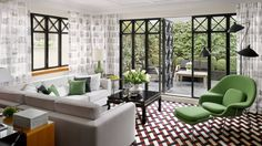 Book the Fashion Suite at Four Seasons Hotel Milano, and enjoy this suite's designer furnishings and large French doors which open to a private terrace.