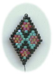 Free Brick Stitch patterns. check out this old & generous site for other tutes, pictures, etc.  #Seed #Bead #tutorials