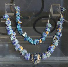 گردنبند شیشه ای – شوش- موزه ملی ایران Folk Costume, Costumes, Sassanid, Iranian, Persian, Old Things, Beaded Necklace, History, Jewelry