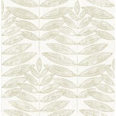 Modern meets organic with this stunning leaf block print. Its beige leaf design has a layered effect, creating a dimensional and effortlessly beautiful nature inspired wallpaper. Akira is an unpasted, non woven wallpaper. Brick Wallpaper, Wallpaper Samples, Geometric Wallpaper, Wallpaper Roll, Peel And Stick Wallpaper, Modern Wallpaper, Motif Design, Leaf Design, Print Design