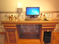 Mesa de escritorio para PC con cajones
