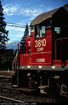 RailPictures.Net Photo: CORP 3810 Central Oregon & Pacific Railroad EMD GP38-3 at WEED, California by c + a ROSE