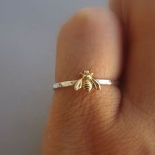 Simple tiny sterling silver bee ring
