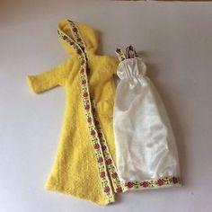 SINDY 1979 WINTER NIGHTS 44320  Dressing Gown + Nightie - vintage dolls clothes   | eBay