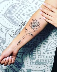 Small lotus - Tattoo vorlagen - Tattoo Designs For Women Floral Tattoo Design, Mandala Tattoo Design, Flower Tattoo Designs, Tattoo Designs For Women, Mandala Tattoo Neck, Mandala Tattoo Meaning, Inner Forearm Tattoo, Forearm Tattoos, Hand Tattoos